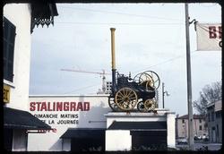 [Brocante Stalingrad : machine à vapeur]