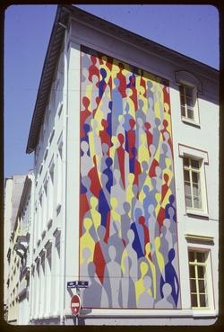 """Mur peint """"La Foule"""" de Paul Siché"""