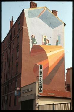 Mur peint : 66 avenue Lacassagne