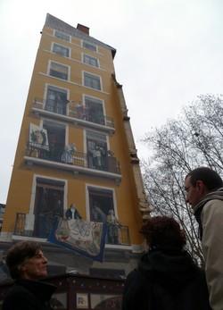 Le mur peint de célébrités lyonnaises.