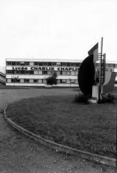 [Lycée Charlie-Chaplin à Décines-Charpieu (Rhône)]