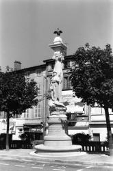 [Monument aux morts d'Ecully]