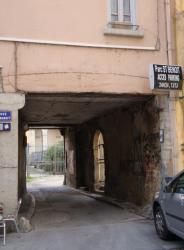 Entrée du Clos Saint-Benoît