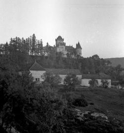 Crémieu (Isère) : château de Saint-Jullin