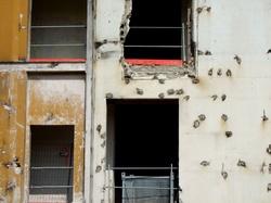 Lyon : détail l'ancien bâtiment de la clinique Sainte-Anne