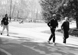[Séance de jogging au Parc de la Tête-d'Or]