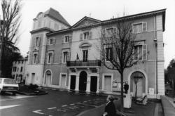 [Mairie d'Ecully]