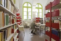 [Vue d'une partie de la salle adulte de la bibliothèque du 1er arrondissement]