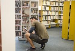 [Salle adulte de la bibliothèque du 3e arrondissement]