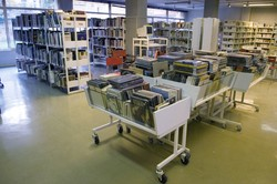 [Réaménagement de la bibliothèque du 4e arrondissement après les travaux de rénovation]