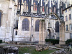 Jardin archéologique de la cathédrale Saint-Jean
