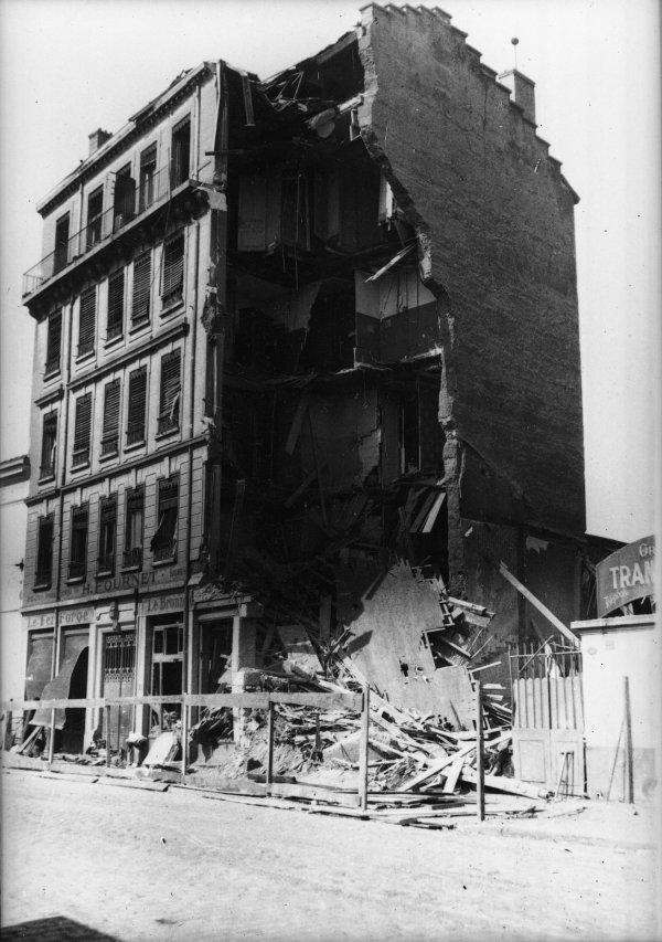 [Bombardement de Lyon par l'aviation alliée, le 26 mai 1944]