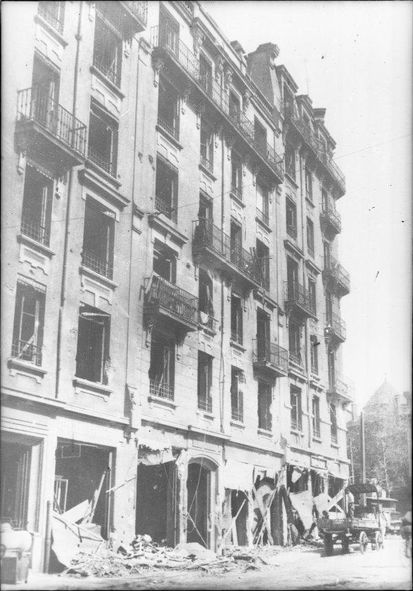 [Bombardement de Lyon par l'aviation alliée : un immeuble,  39-41 route de Vienne]