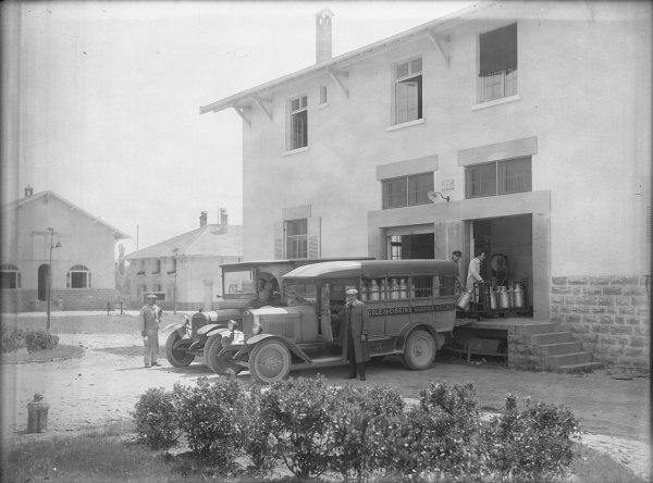 [Ecole d'agriculture de Cibeins : service du lait]