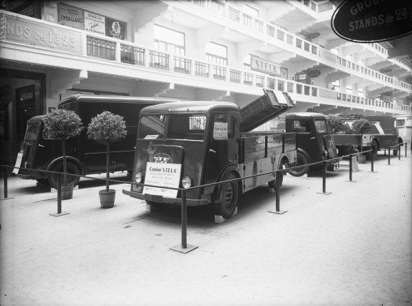 photographes en rh ne alpes foire internationale de lyon camions stela au palais de la foire. Black Bedroom Furniture Sets. Home Design Ideas
