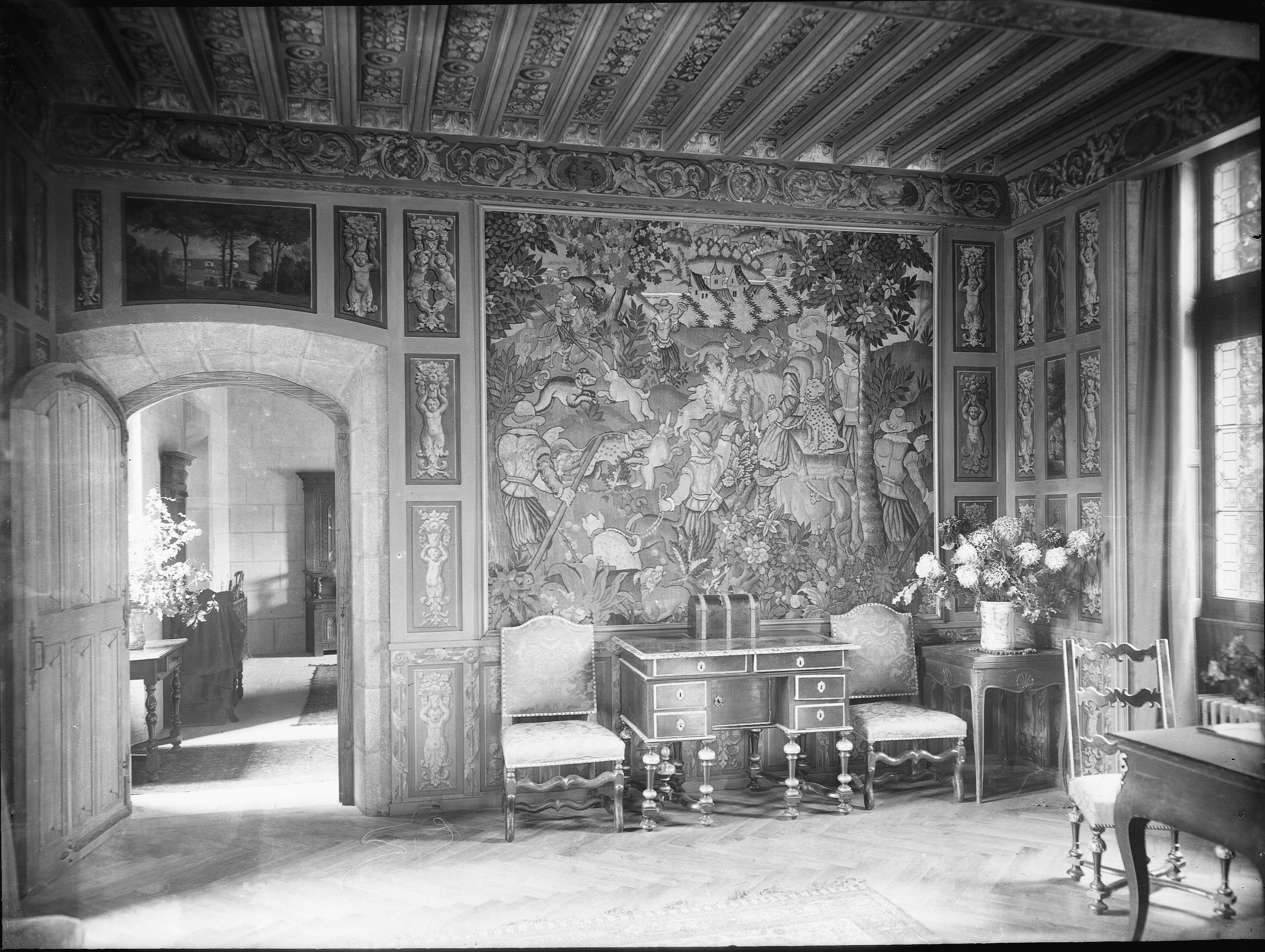photographes en rh ne alpes ch teau grande tapisserie murale. Black Bedroom Furniture Sets. Home Design Ideas