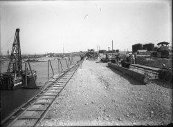 [Compagnie nationale du Rhône (CNR) : construction du port Edouard-Herriot]
