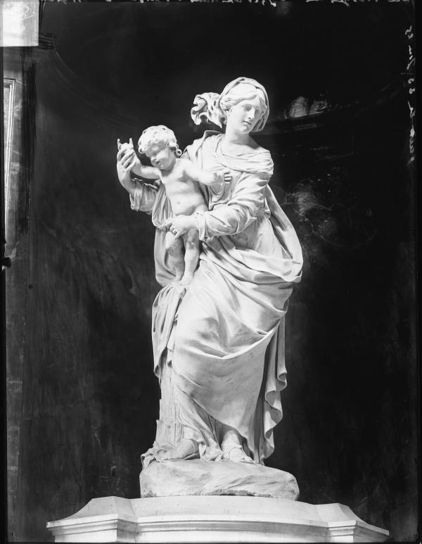 [La Vierge de Coysevox dans l'église Saint-Nizier : Notre Dame de Grâce]