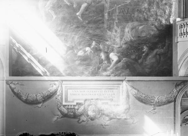 """[Hôtel de ville de Lyon, face Ouest de l'escalier d'Honneur : détail de """"L'Incendie de Lyon sous Néron""""]"""