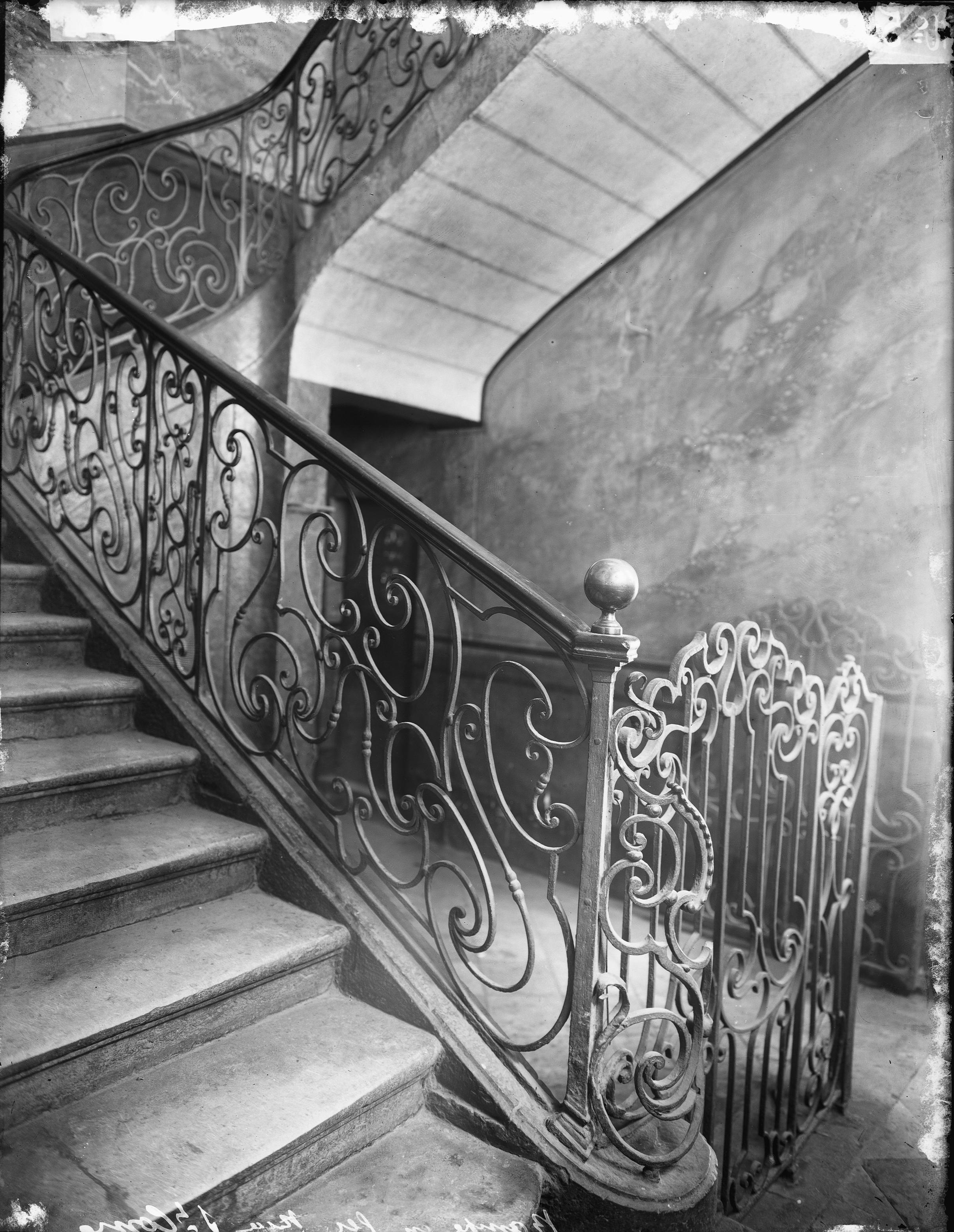 photographes en rh ne alpes rampe d 39 escalier en fer forg. Black Bedroom Furniture Sets. Home Design Ideas