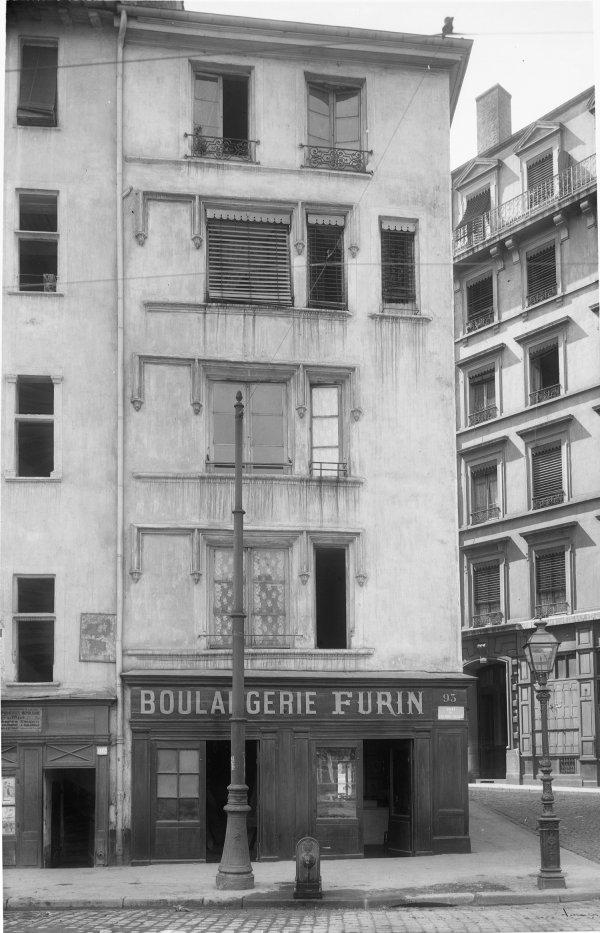 [93, quai Pierre-Scize]