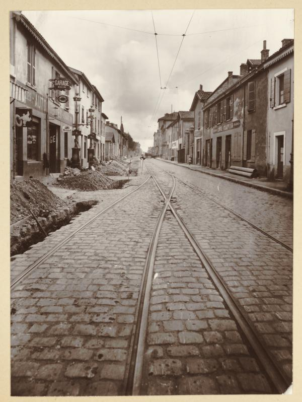 [La rue Jean Jaurès à Villeurbanne]