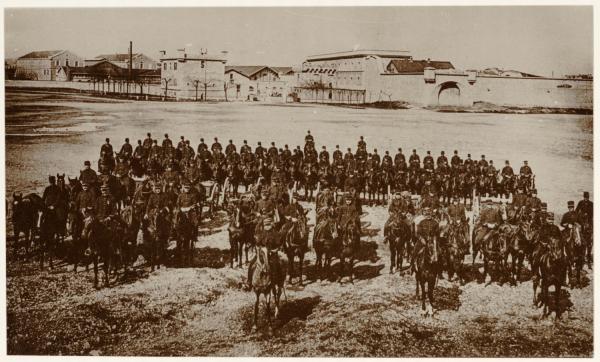 [L'Artillerie de la Sixième Division de Cavalerie, au fort de Villeurbanne]