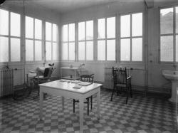 photographes en rh ne alpes recherche coverage 1918 1945 isubjectperson leroux m rice 1896. Black Bedroom Furniture Sets. Home Design Ideas