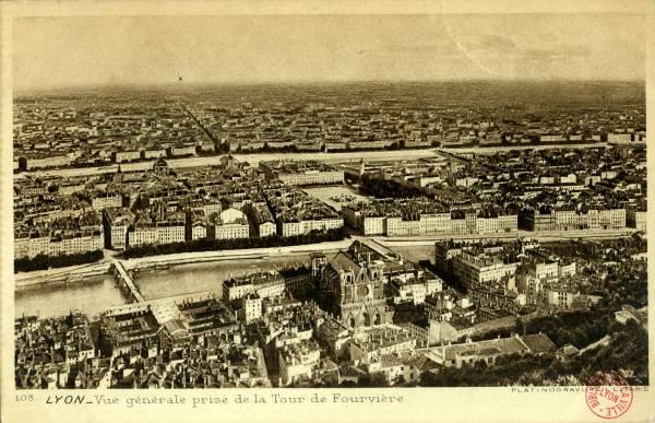 Lyon : Vue générale prise de la Tour de Fourvière.