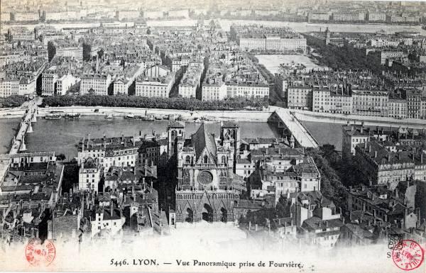 Lyon : Vue Panoramique prise de Fourvière.