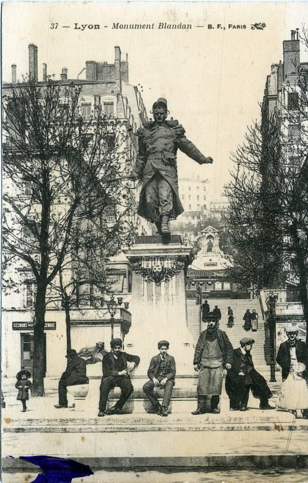 Lyon : Monument Blandan.