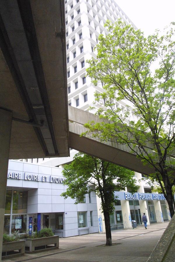 [Immeuble de la Banque Populaire Loire et Lyonnais]