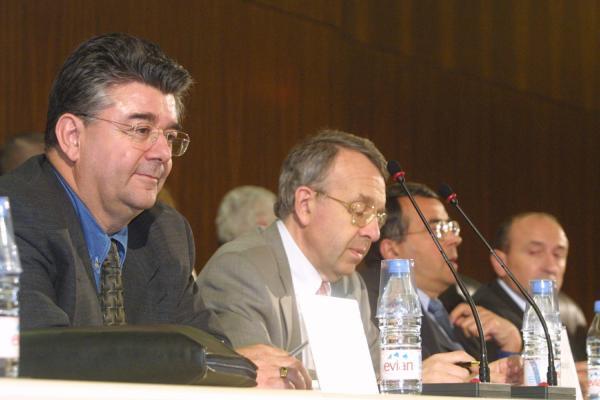 [Conseil de communauté du Grand Lyon : séance du 10 mai 2001]