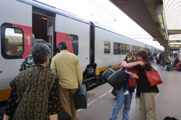 [Embarquement des passagers en gare de Lyon - Part-Dieu]