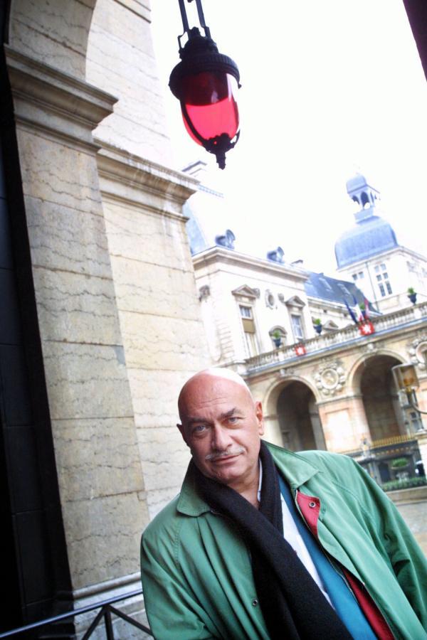 [Jean-Marc Avocat, comédien]