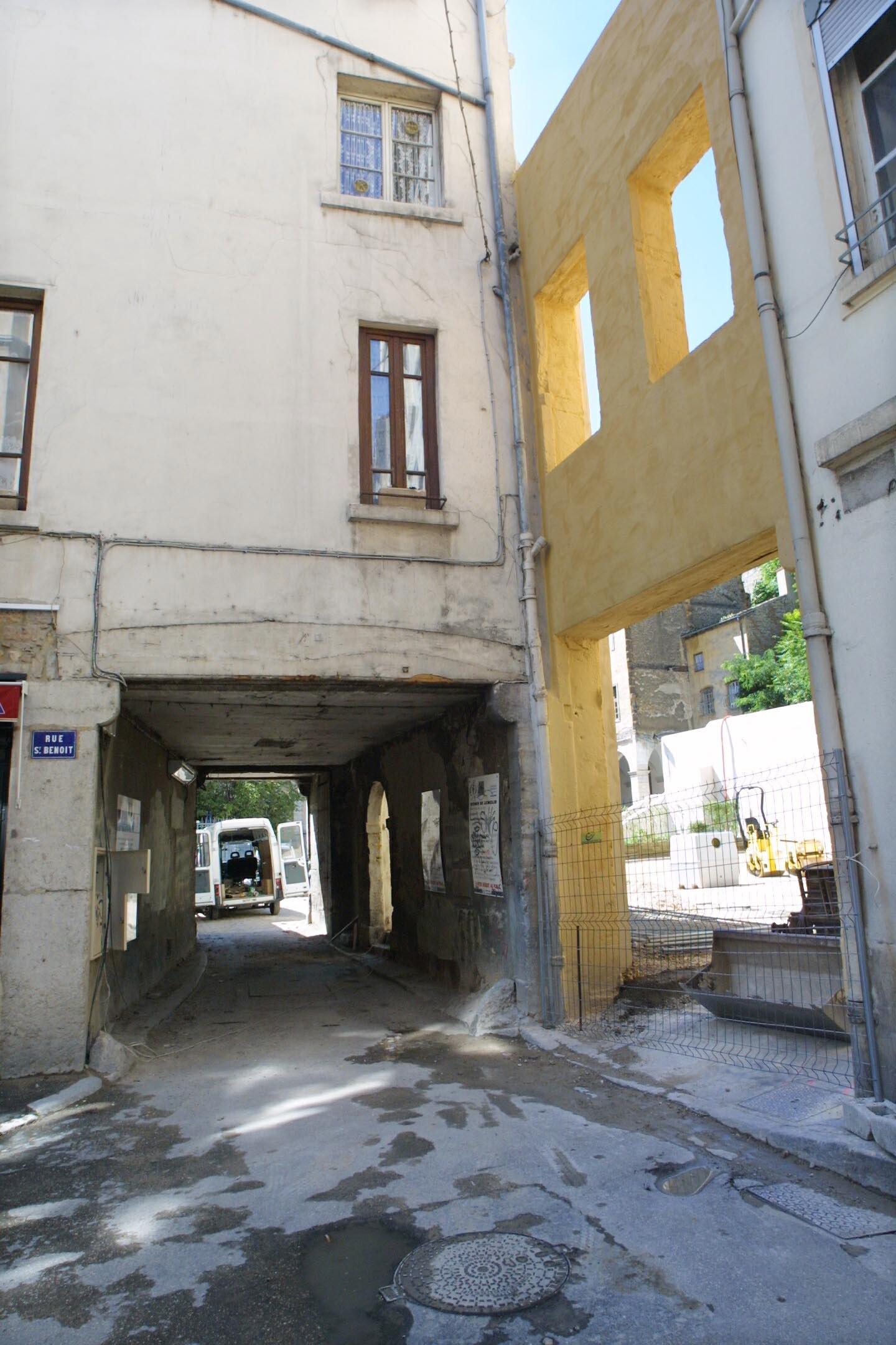 graphes en Rh´ne Alpes [Jardin et parking du clos Saint Beno t]