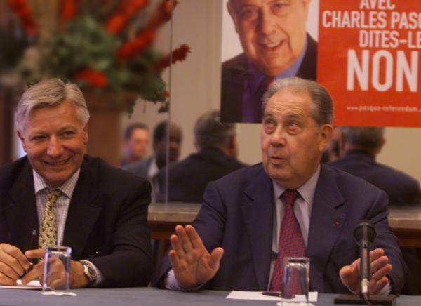 [Diner-débat avec Charles Pasqua et Marc Fraysse à la Brasserie Georges]