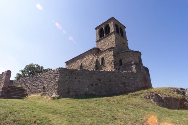 [Chapelle romane Saint-Vincent à Saint-Laurent-d'Agny]