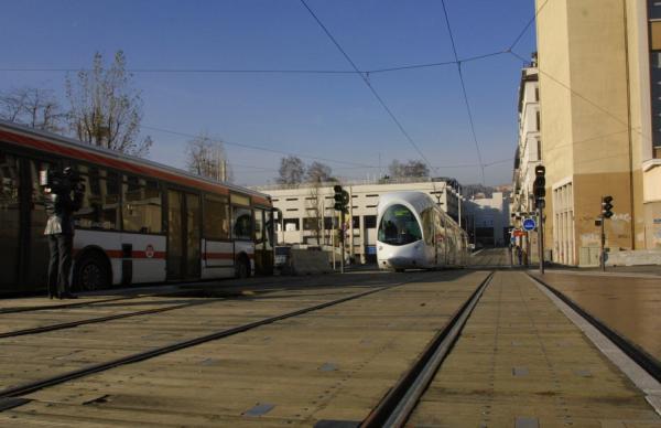 [Transports en commun lyonnais : inauguration du tramway]