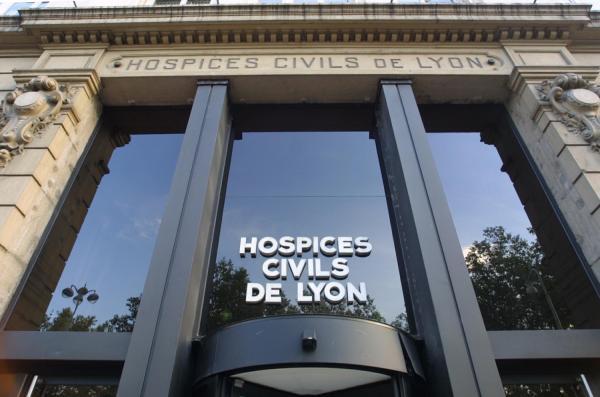 [Siège des hospices civils de Lyon, quai des Célestins, à Lyon]