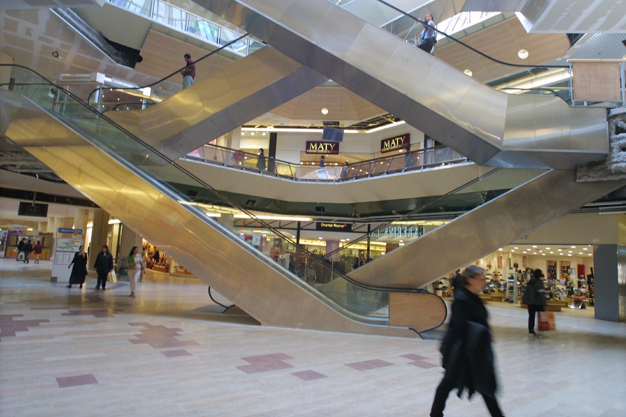 Photographes en rh ne alpes r novation du centre - Centre commercial la jonquera ...