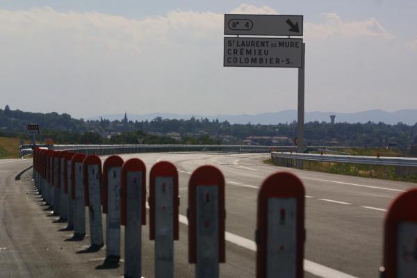 [Aménagement du territoire : inauguration de l'autoroute A432]