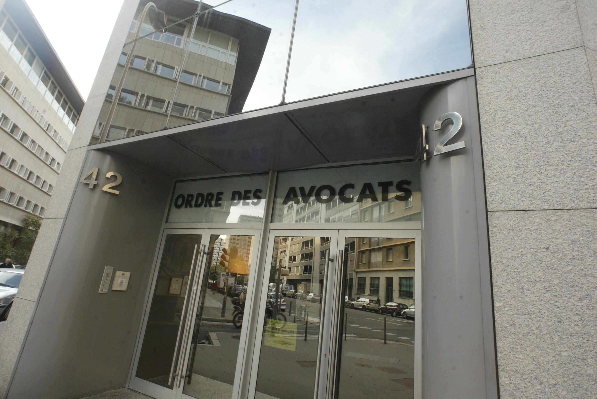 graphes en Rh´ne Alpes [Maison de l Ordre des avocats de Lyon]