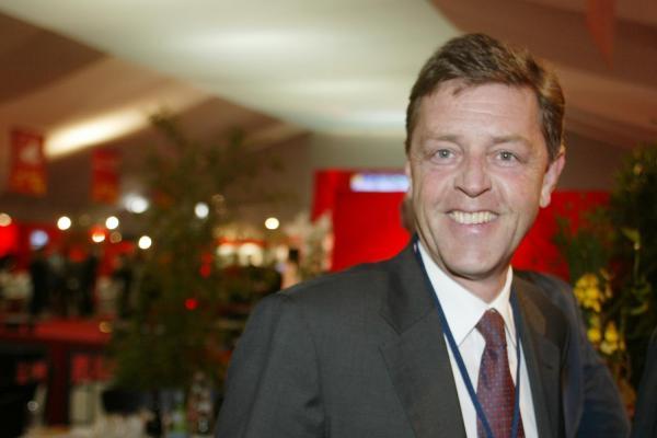 [Jean Frucquet, directeur régional de Peugeot]