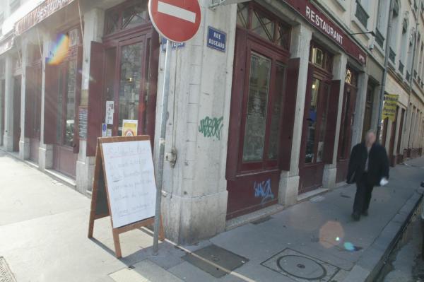 [Le Café de la Gare, boulevard des Brotteaux]
