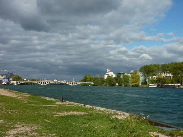 Le confluent du Rhône et de la Saône