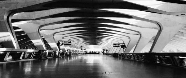 Intérieur de l'aéroport Saint-Exupéry