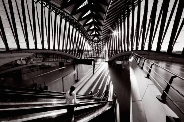 Intérieur de la Gare TGV Lyon Saint-Exupéry