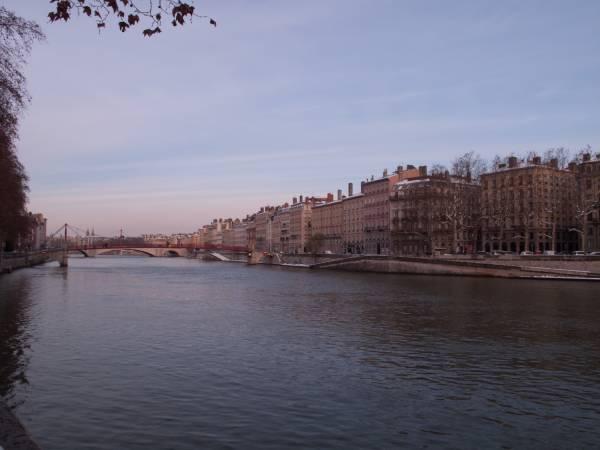 La Quai Fulchiron et le quai Tilsit