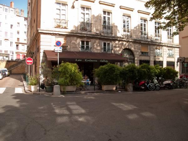 La Place Sathonay
